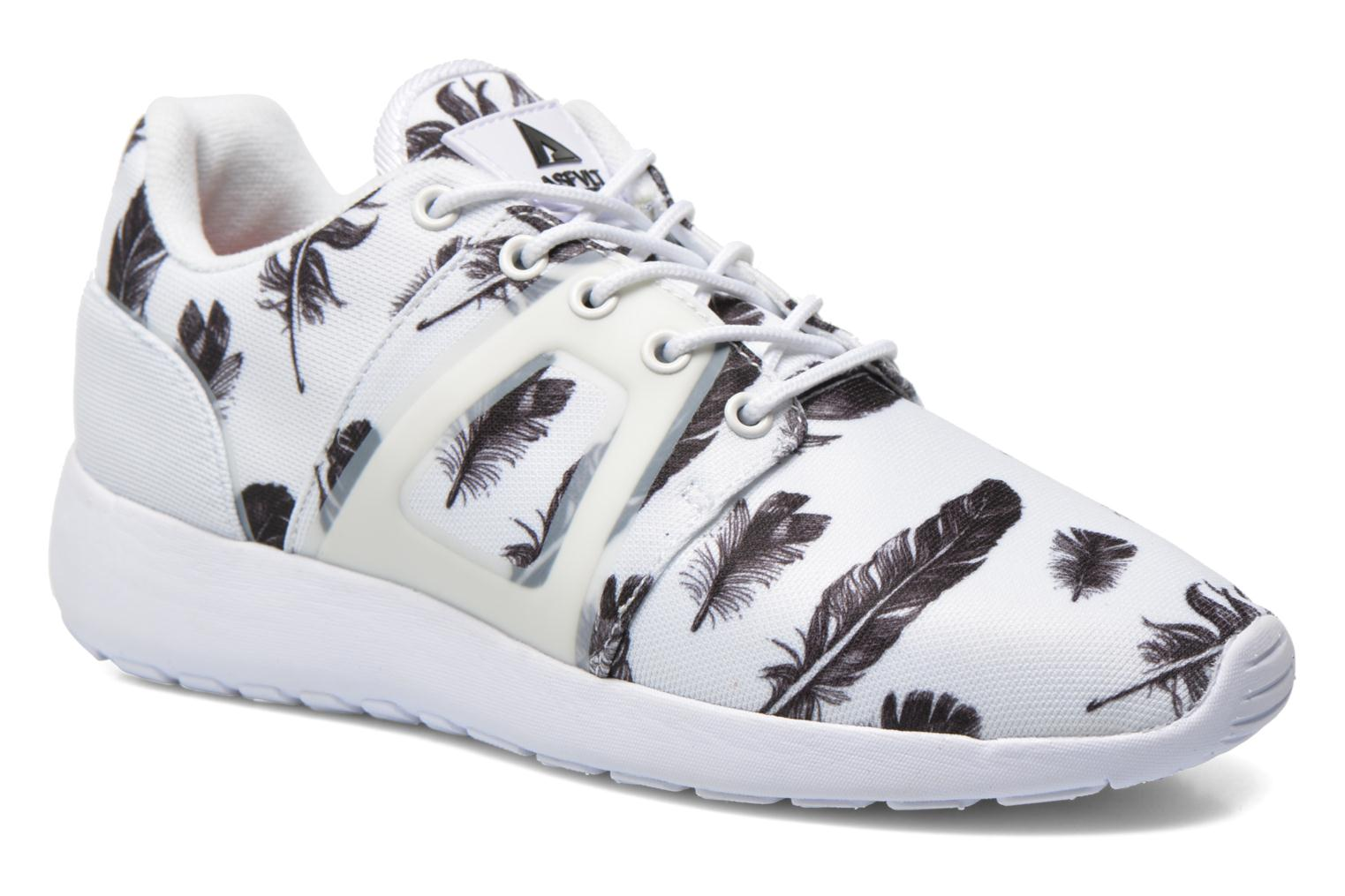 Trainers Asfvlt Super Tech White detailed view/ Pair view