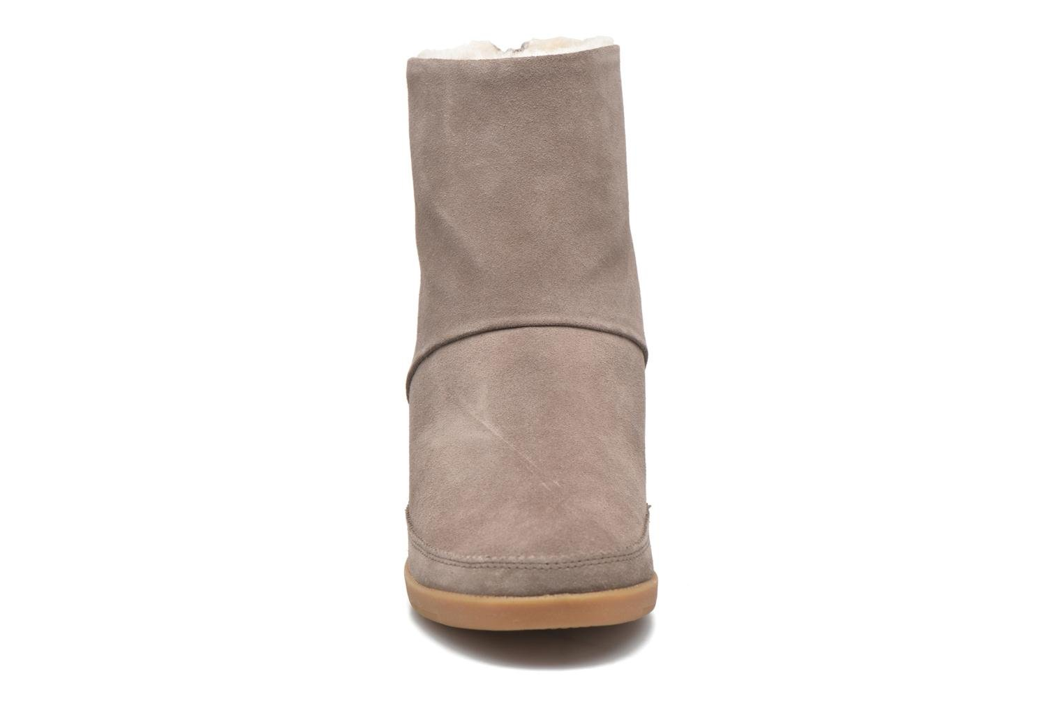Ankle boots Shoe the bear Emmy Fur Beige model view
