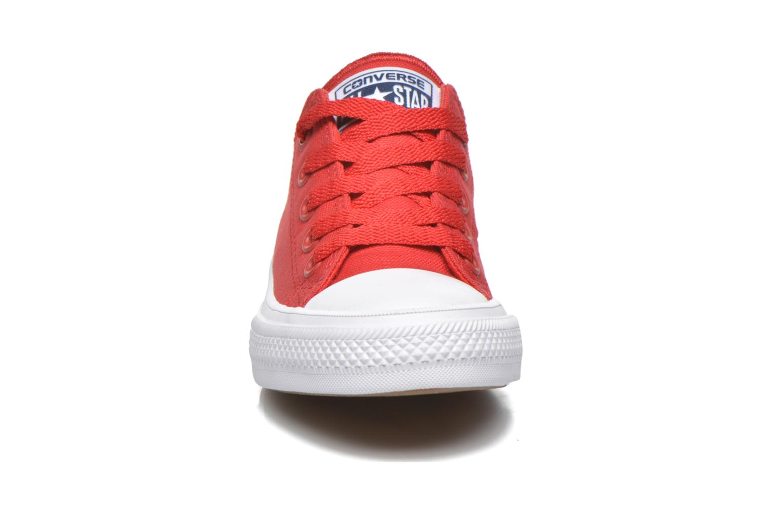 Trainers Converse Chuck Taylor All Star II Ox Red model view
