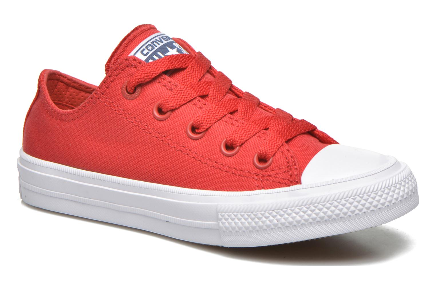 Baskets Converse Chuck Taylor All Star II Ox Rouge vue détail/paire