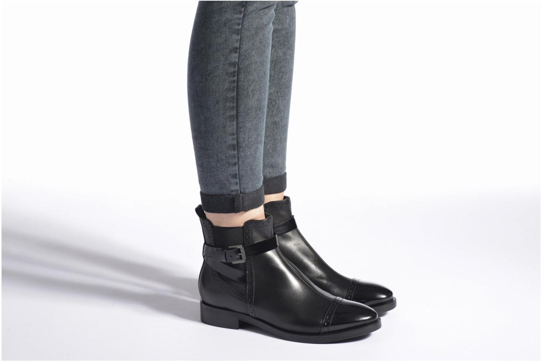 Stiefeletten & Boots Geox D BROGUE C D642UC schwarz ansicht von unten / tasche getragen