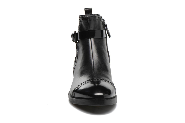 Stiefeletten & Boots Geox D BROGUE C D642UC schwarz schuhe getragen