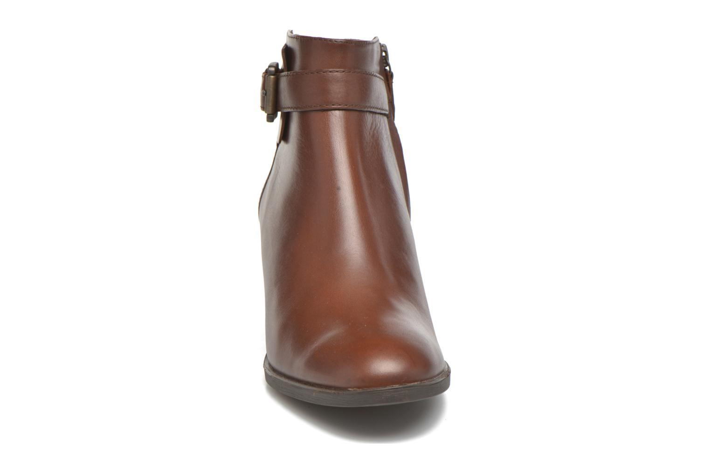 Bottines et boots Geox D GLYNNA B D643CB Marron vue portées chaussures