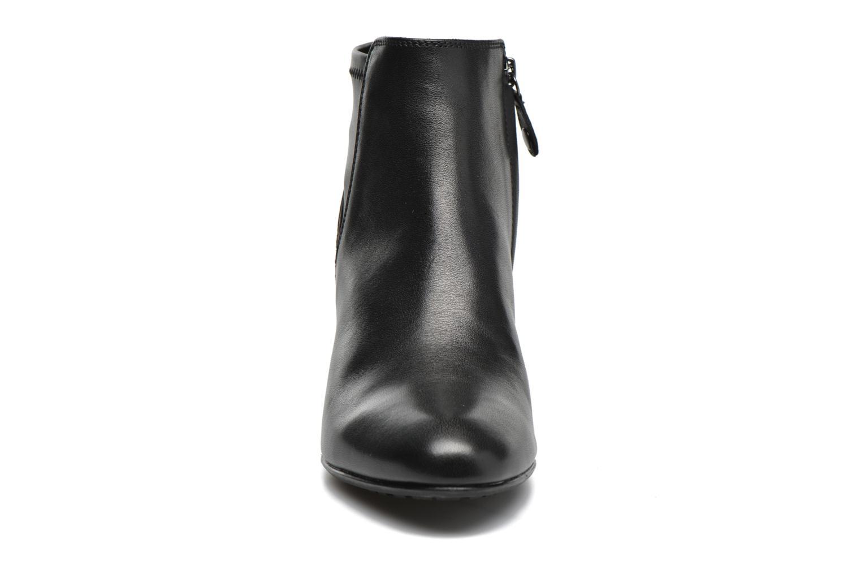Bottines et boots Geox D VENERE A D64P8A Noir vue portées chaussures