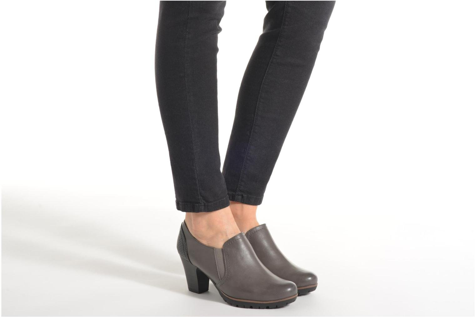 Ankle boots Jana shoes Campanule Grey view from underneath / model view