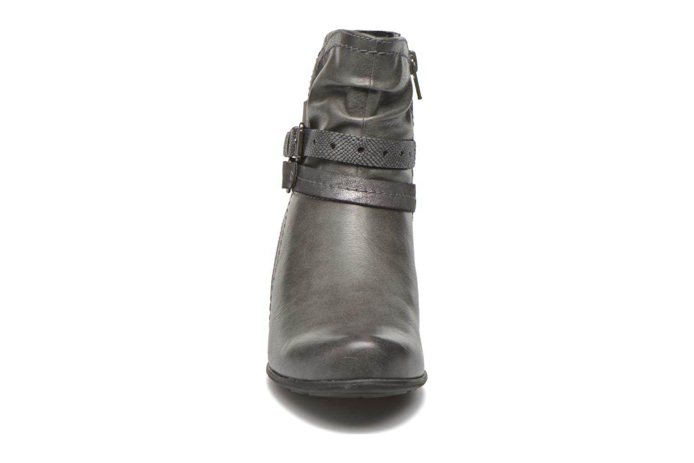 Stiefeletten & Boots Jana shoes Cypres grau schuhe getragen