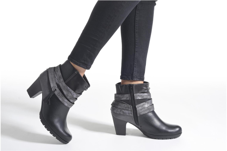 Stiefeletten & Boots Jana shoes Silene braun ansicht von unten / tasche getragen