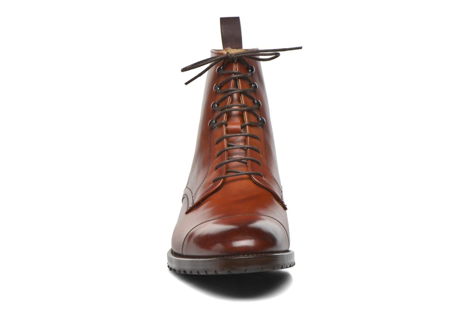 Bottines et boots Marvin&Co Luxe Walfred - Cousu Blake Marron vue portées chaussures