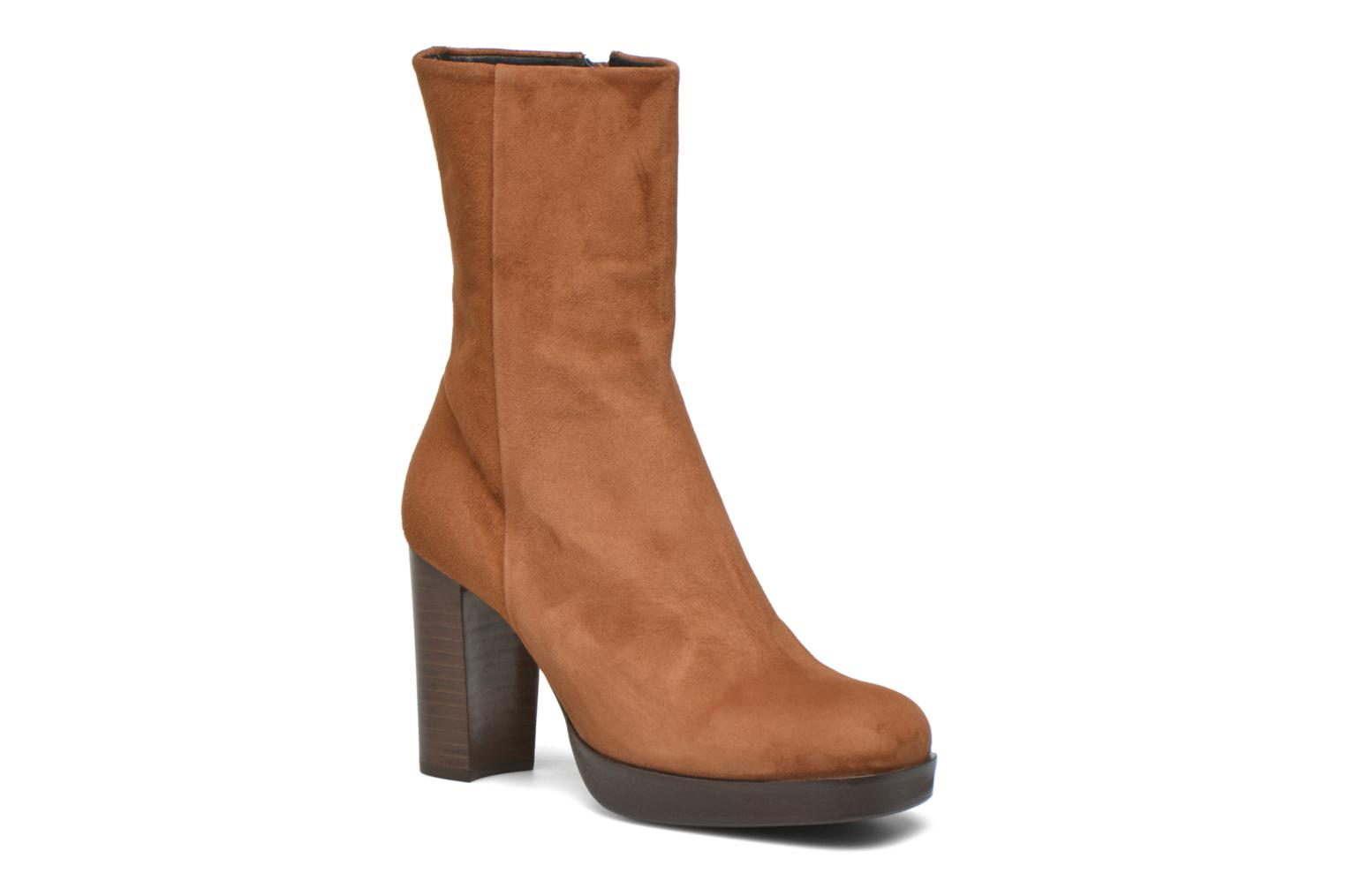 Ankle boots Billi Bi Lotier Brown detailed view/ Pair view