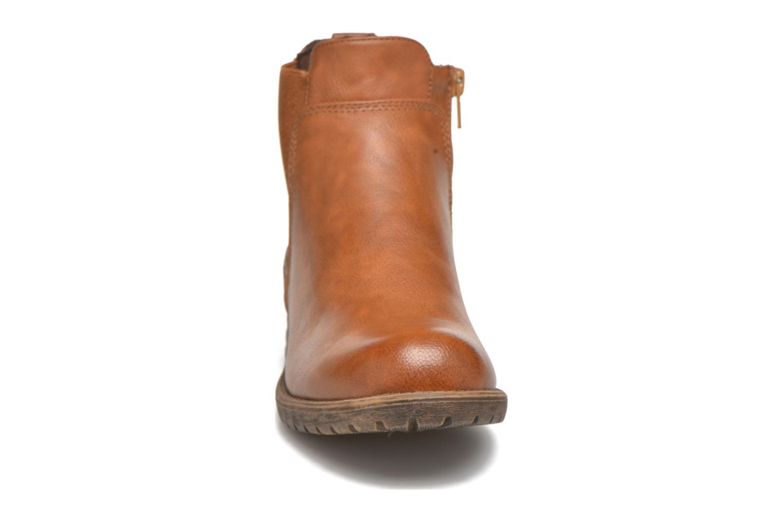Bottines et boots Bullboxer Camilla Marron vue portées chaussures