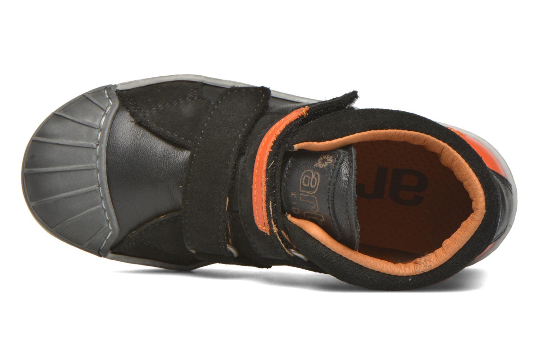 A061 Split Black