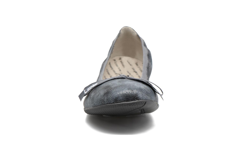 Ballerines Les P'tites Bombes Ella Gris vue portées chaussures