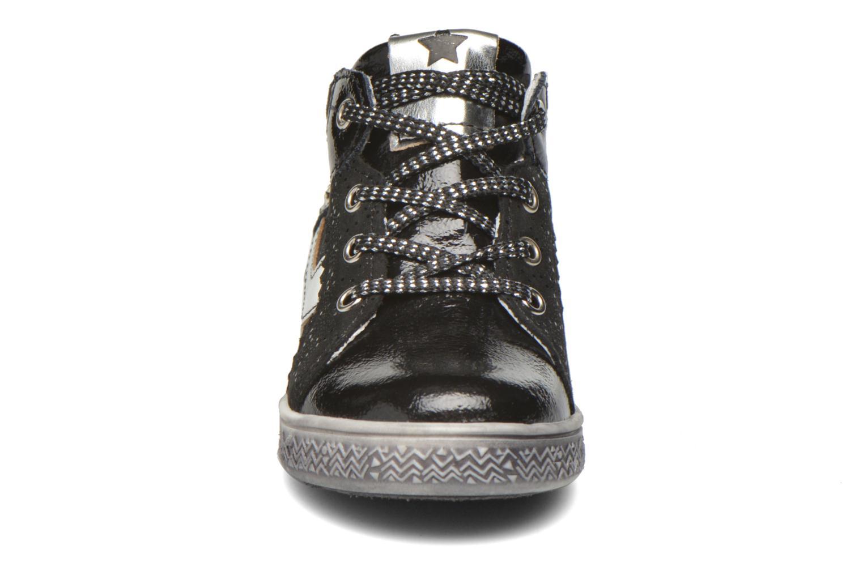 Sneaker Babybotte Amazoni schwarz schuhe getragen