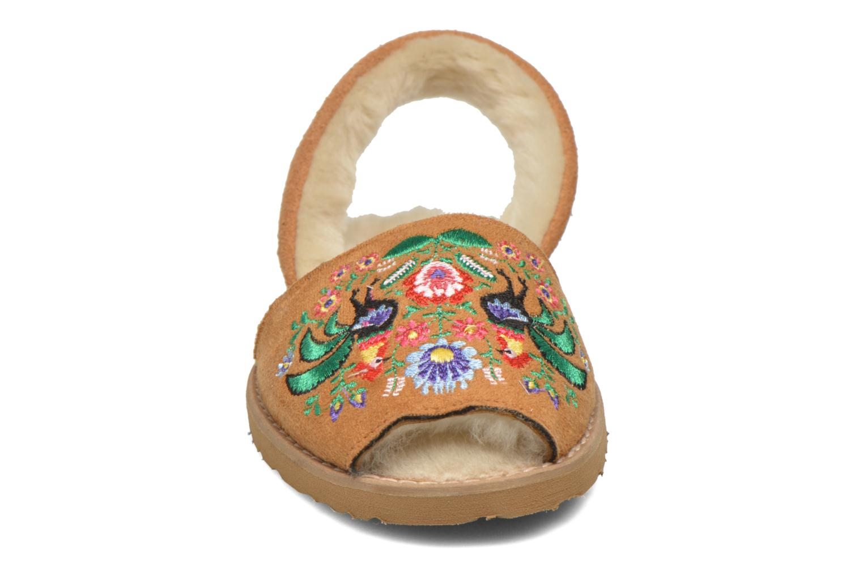 Sandalen MINORQUINES Avarca Broderie braun schuhe getragen