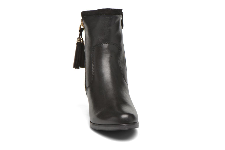 Bottines et boots Caprice Bella Zip Noir vue portées chaussures