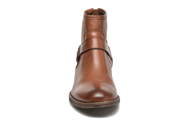 Bottines et boots Georgia Rose Celesta Marron vue portées chaussures