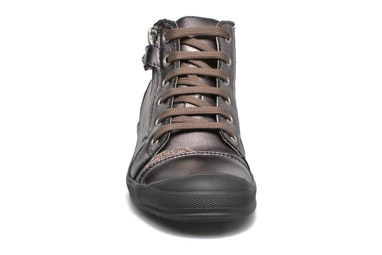Baskets GBB Noane Or et bronze vue portées chaussures