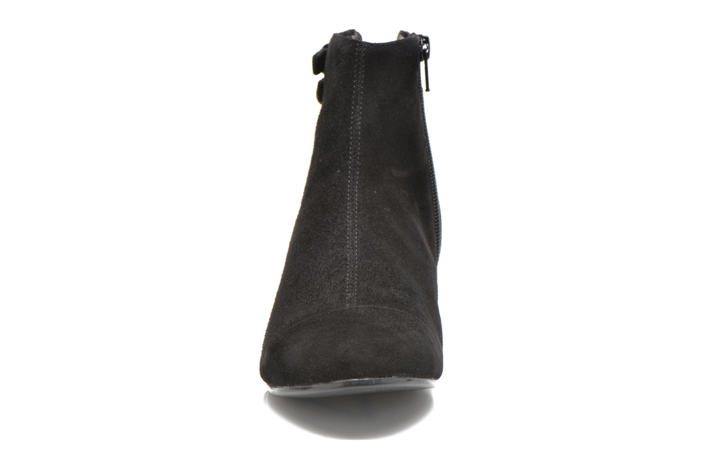 Bottines et boots Vagabond Shoemakers SUE 4205-140 Noir vue portées chaussures
