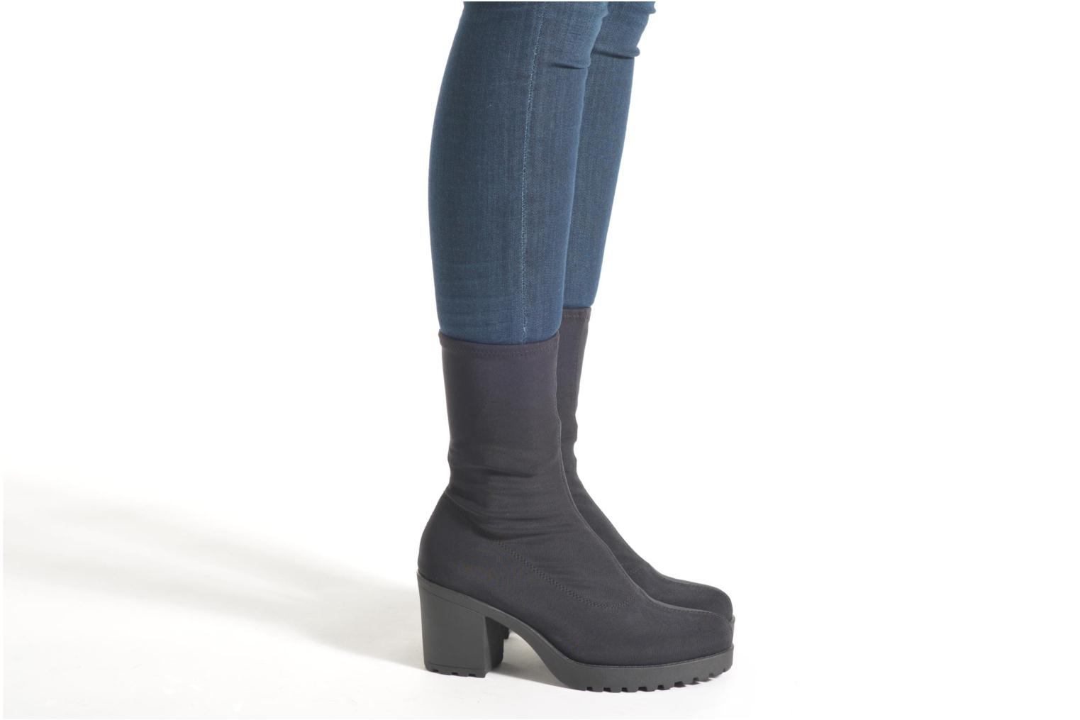 Ankle boots Vagabond GRACE 4228-039 Black view from underneath / model view