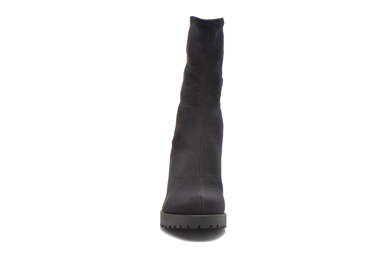 Bottines et boots Vagabond Shoemakers GRACE 4228-039 Noir vue portées chaussures