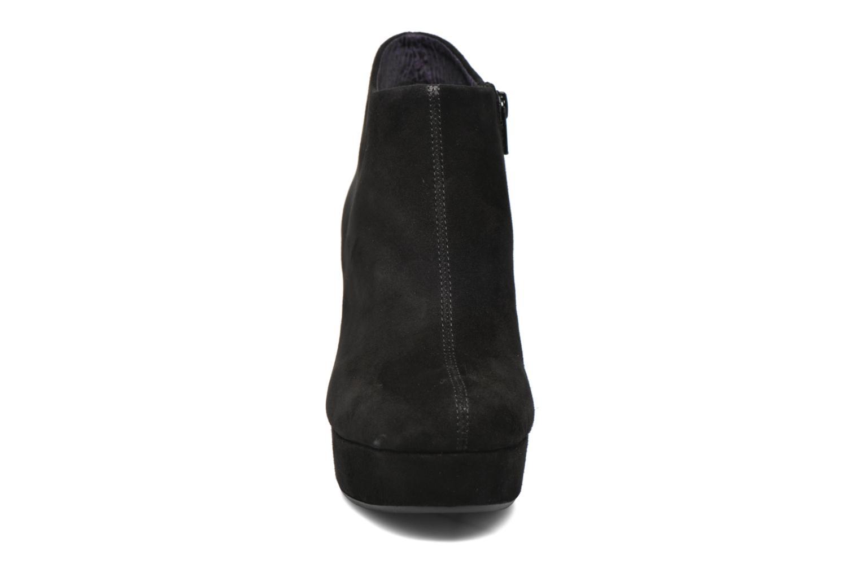 Bottines et boots Vagabond Shoemakers DANILA 4238-140 Noir vue portées chaussures