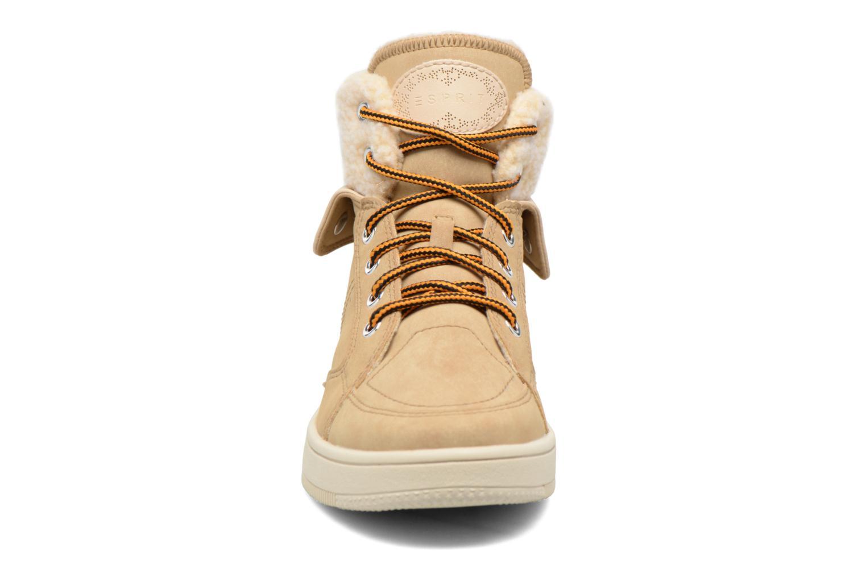 Sneakers Esprit Desire Bootie Beige modello indossato
