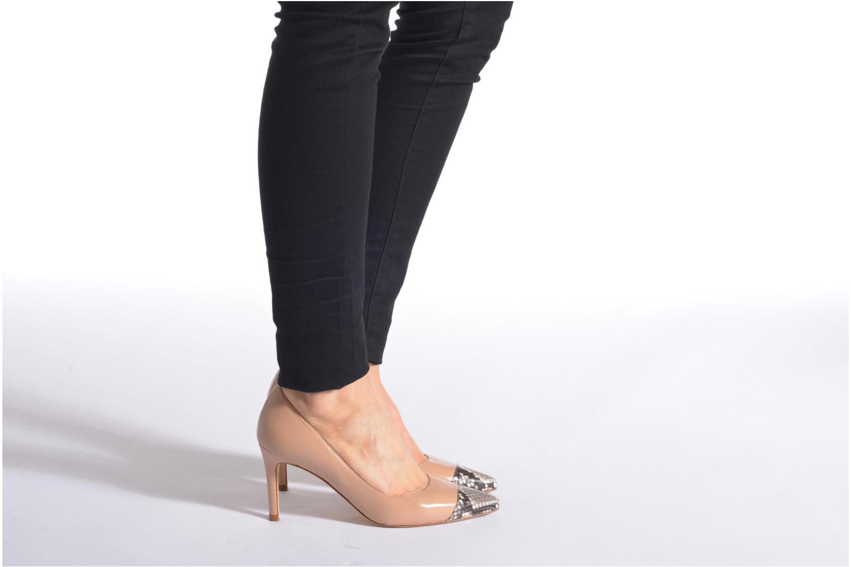 Zapatos de tacón L.K. Bennett Kay Beige vista de abajo
