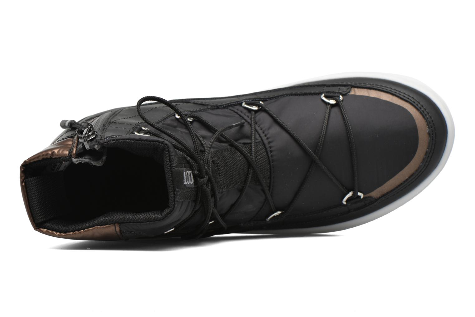 Sport shoes Moon Boot Vega Black view from the left