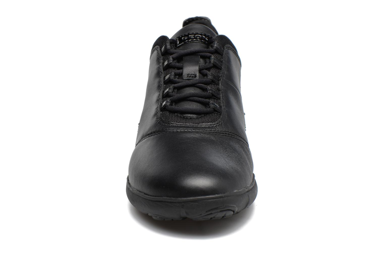 Baskets Geox D NEBULA E D641EE Noir vue portées chaussures