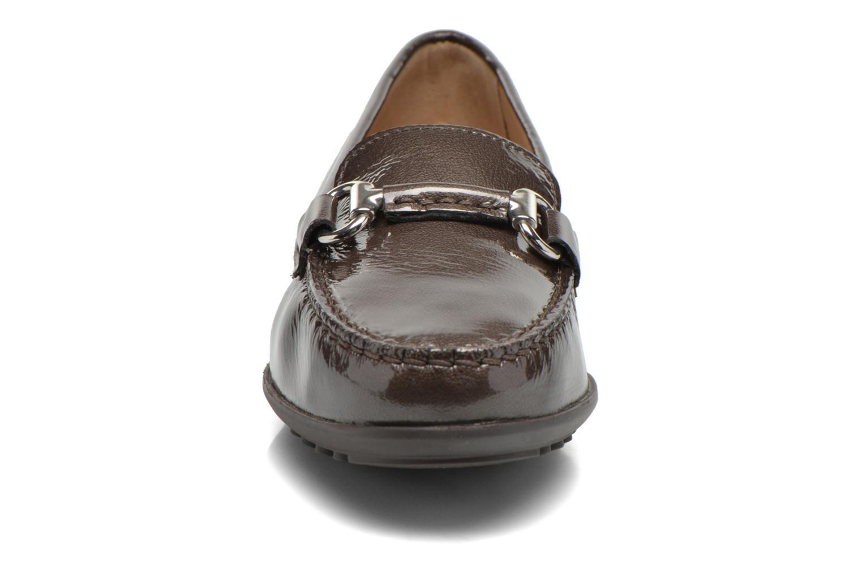 Mocassins Geox D ELIDIA B D642TB Beige vue portées chaussures