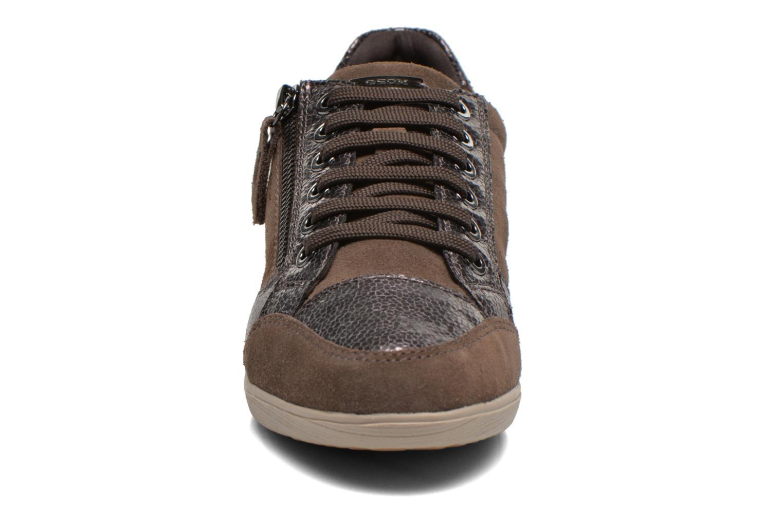 Sneakers Geox D MYRIA A D6468A Oro e bronzo modello indossato