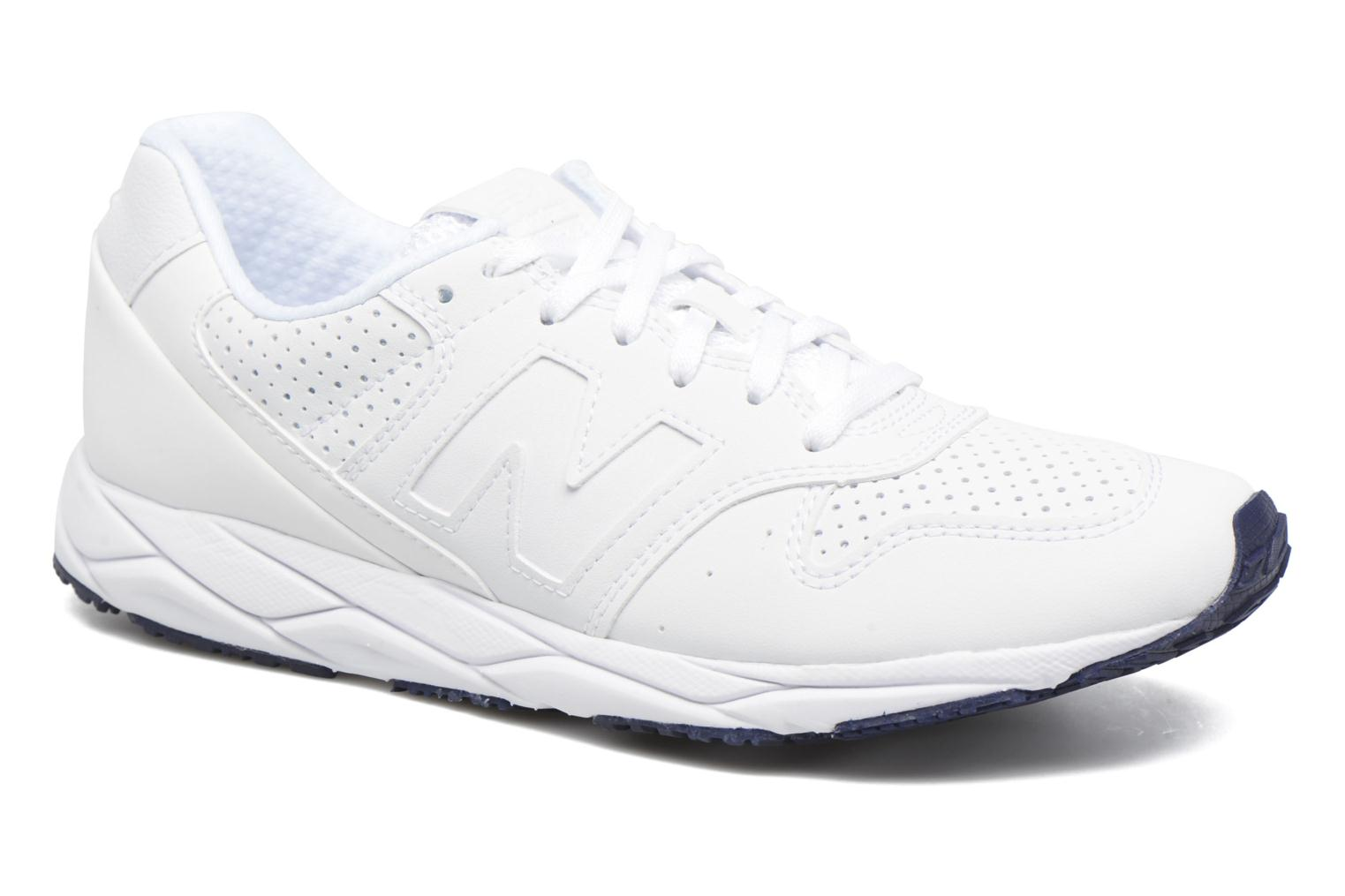 Trainers New Balance WRT96 White detailed view/ Pair view