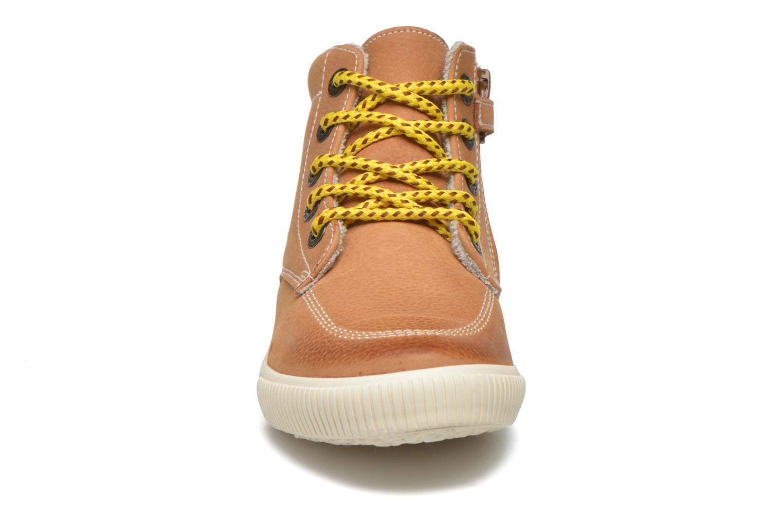 Baskets Kickers Pergola Marron vue portées chaussures