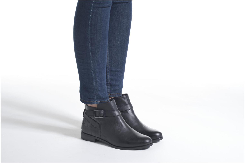 Bottines et boots Tamaris Carica Noir vue bas / vue portée sac