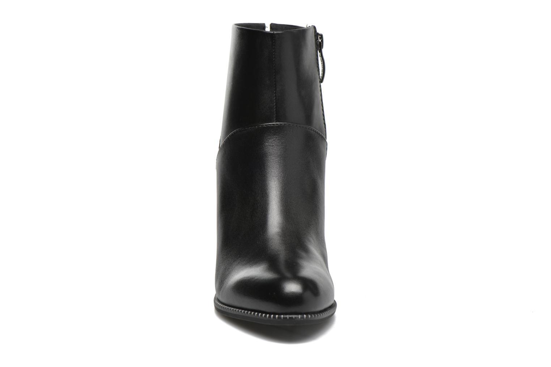 Bottines et boots Tamaris Dianella Noir vue portées chaussures