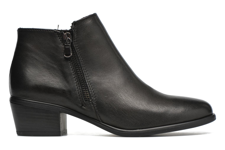 Iris Black leather
