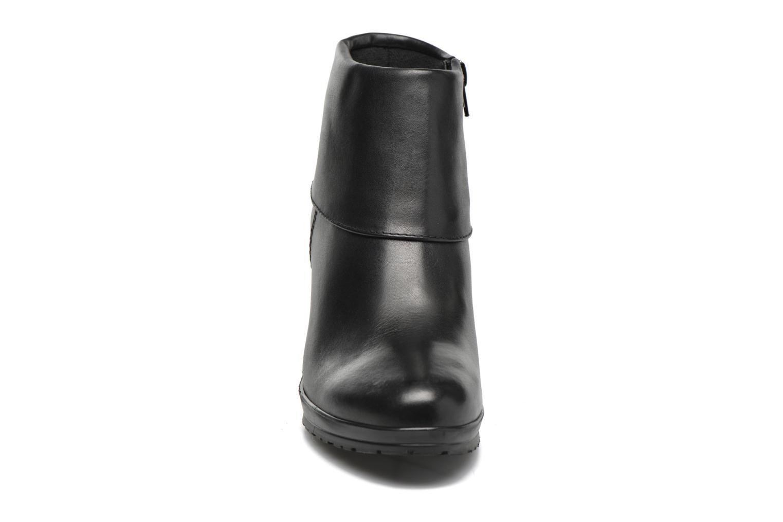 Bottines et boots Tamaris Moraea Noir vue portées chaussures