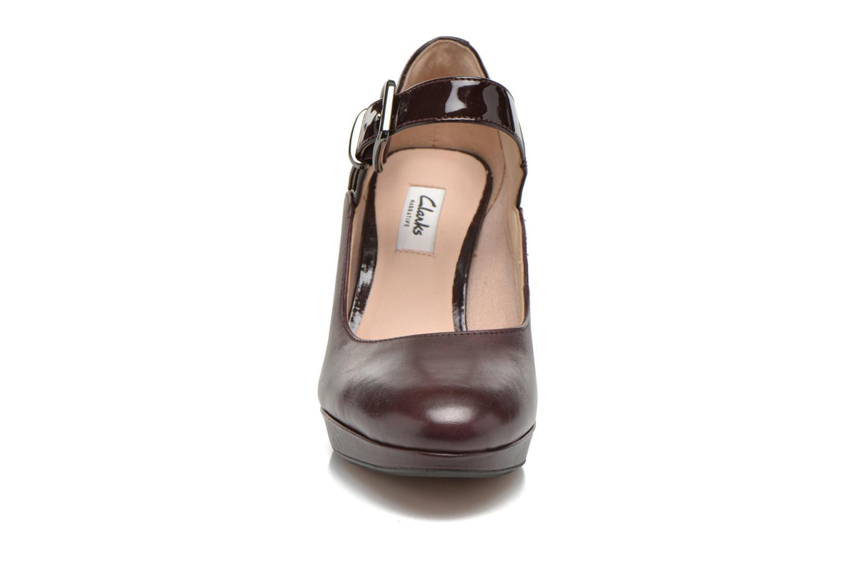 Escarpins Clarks Kendra Gaby Bordeaux vue portées chaussures