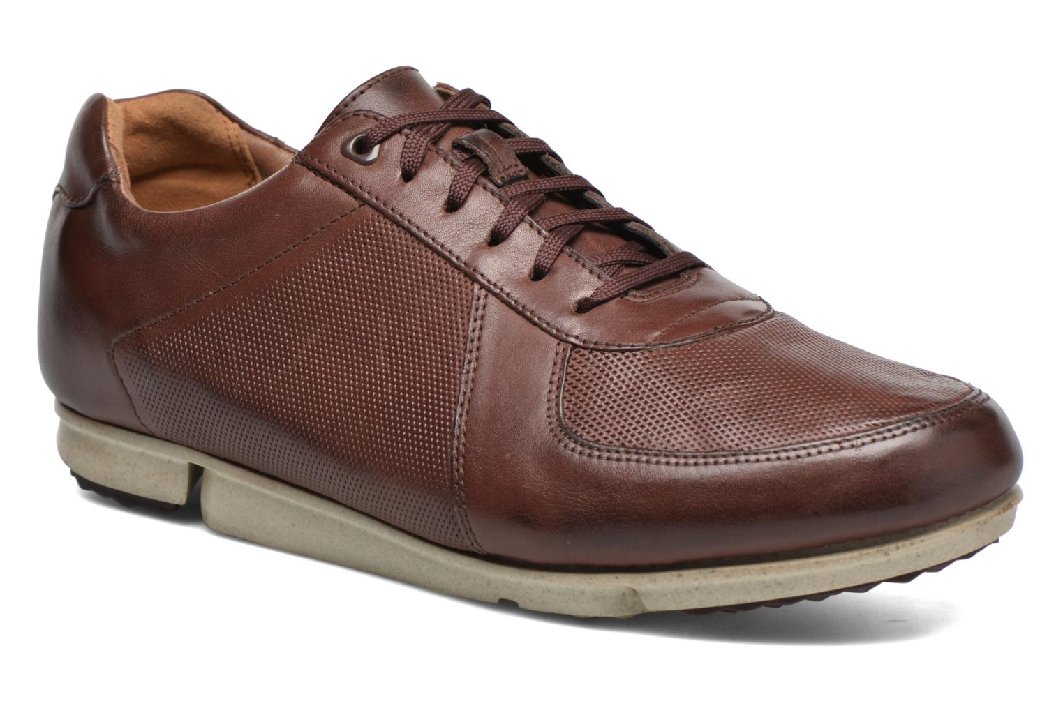 Trainers Clarks Triturn Race Brown detailed view/ Pair view