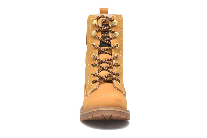 Bottines et boots Dockers Eliza Beige vue portées chaussures