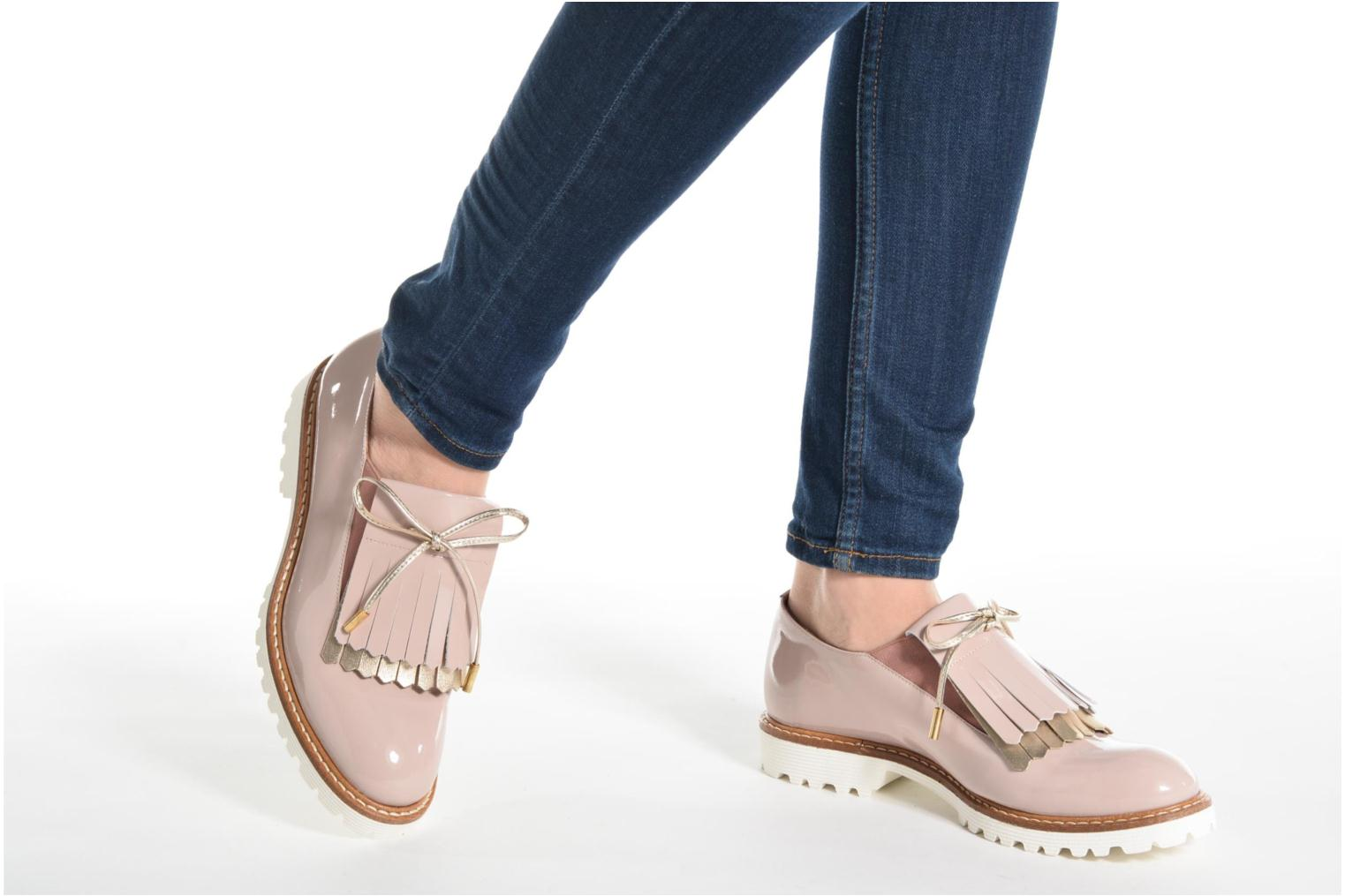 Loafers Made by SARENZA Busy Girl Chaussures à Lacets #2 Beige view from underneath / model view