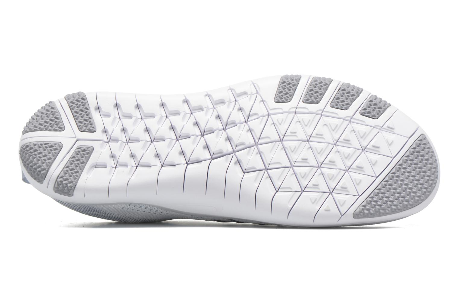 Sport shoes Nike W Nike Free Tr Focus Flyknit White view from above