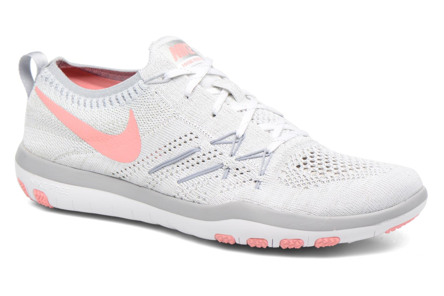 Marques Chaussure femme Nike femme W Nike Free Tr Focus Flyknit White/Bright Melon-Wolf Grey