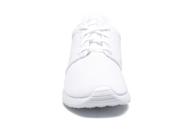 Sneaker Nike W Nike Roshe One weiß schuhe getragen