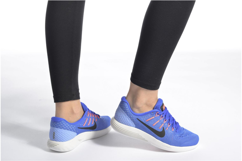 Sportschuhe Nike Wmns Nike Lunarglide 8 schwarz ansicht von unten / tasche getragen