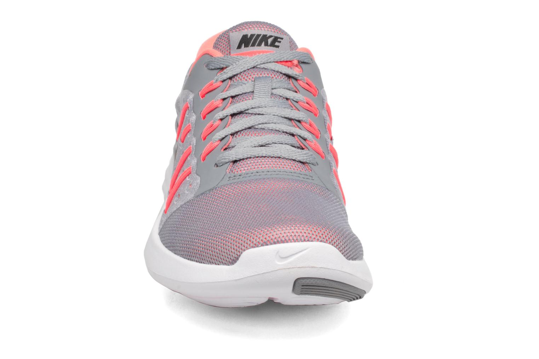 Chaussures de sport Nike Wmns Nike Lunarstelos Gris vue portées chaussures