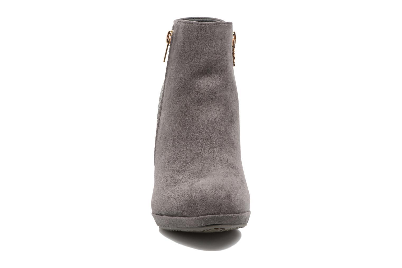 Fresia-30222 Grey