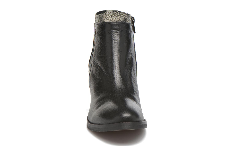 Ankle boots Georgia Rose Gaté Black model view