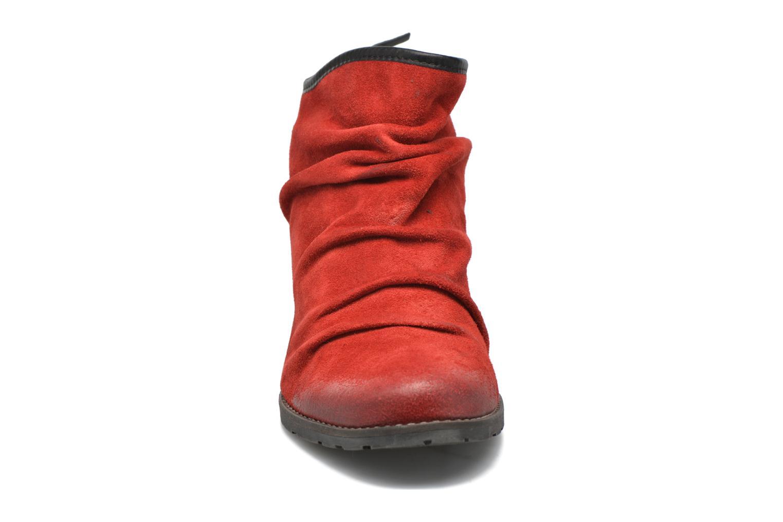 Botines  Dkode Carter 3 Rojo vista del modelo