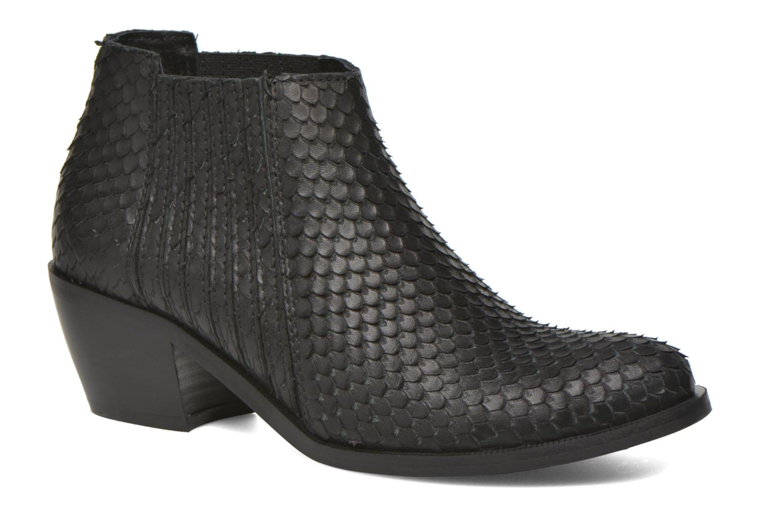 Ankle boots Georgia Rose Matiag Black detailed view/ Pair view